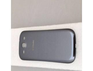 Gebrauchte Akkudeckel / Batterie Abdeckung in grau für Samsung Galaxy S3 Mini i8190 / i8195
